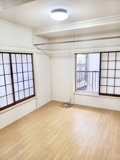 全室壁、床貼替済でスッキリと綺麗!嬉しいですね♪