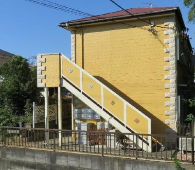 かわいい黄色の外壁です♪