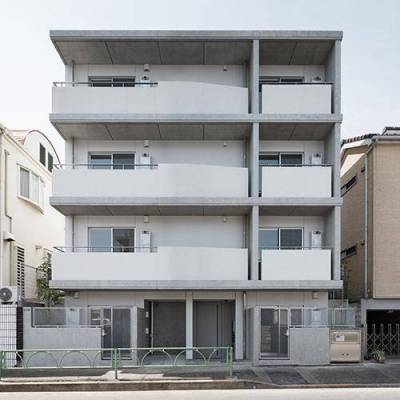 ★コンクリート打ちっぱなしのデザイナーズ★正面側